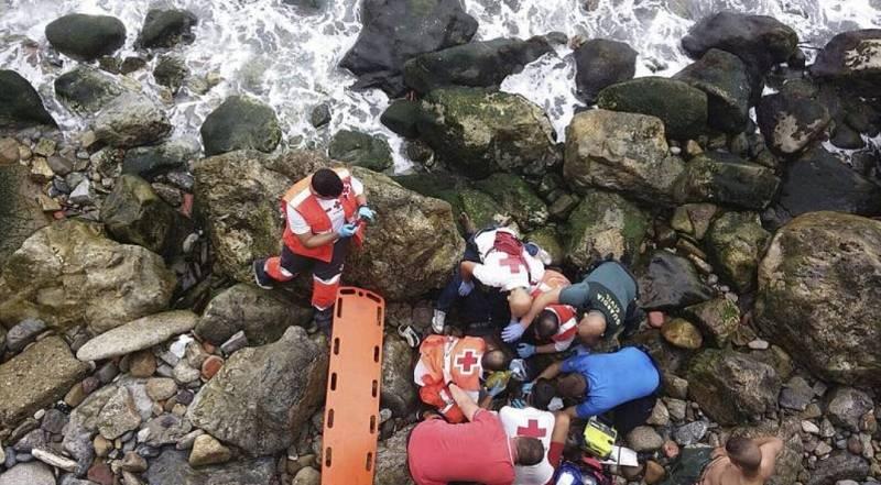 Boletines - 7 años de la tragedia de El Tarajal. 15 muertos tratando de alcanzar la playa - Escuchar ahora