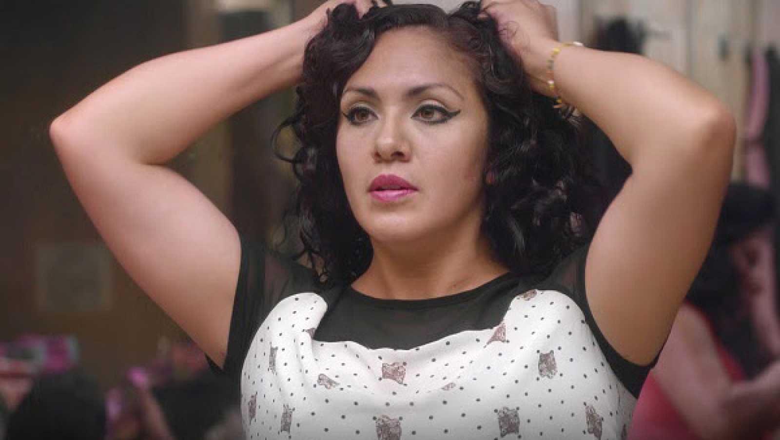 Artesfera - 'La mami', un film sobre la reina de los vestuarios del cabaret Barba Azul de Ciudad de México - 08/02/21 - escuchar ahora
