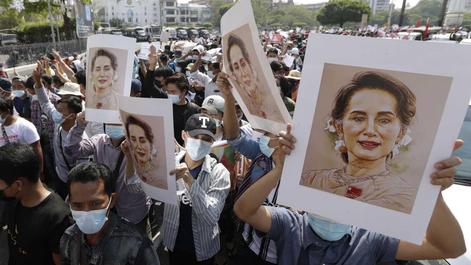 Asia hoy - Desobediencia civil en Birmania - 08/02/21 - escuchar ahora