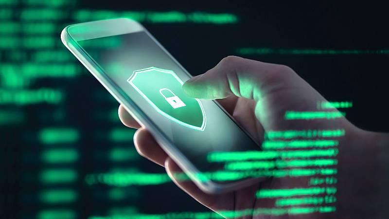 Más cerca - Internet segura; la importancia de proteger los datos - Escuchar ahora