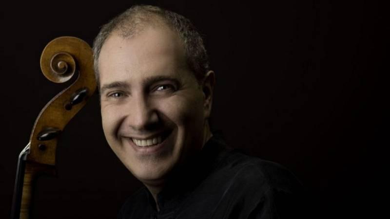 Entrevista a Asier Polo - Suites de Bach - escuchar ahora
