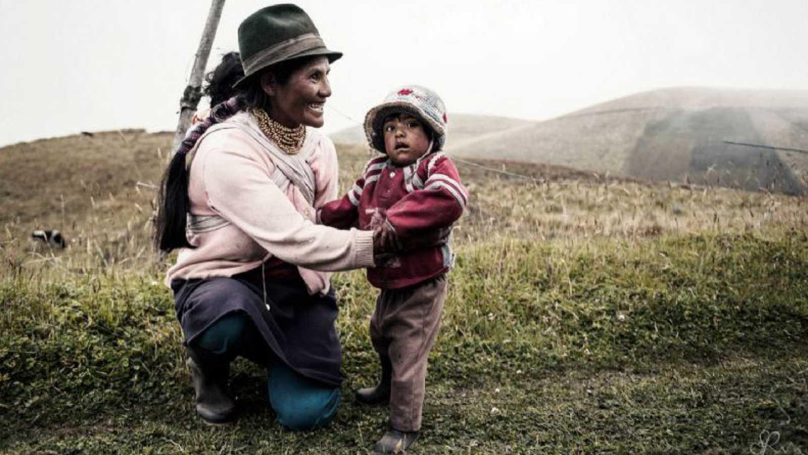 Hora América - 'Somos Tierra', primera exposición en España del montañero y fotógrafo ecuatoriano Juan Sebastián Rodríguez - 11/02/21 - escuchar ahora