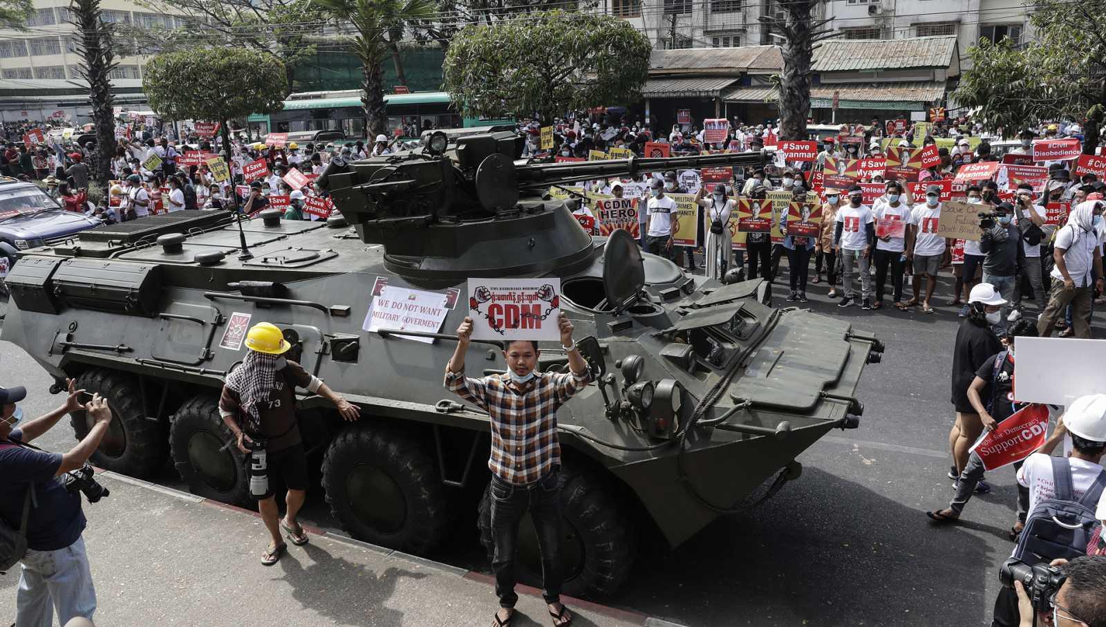 Asia hoy - Birmania: los pretextos de la junta militar - 17/02/21 - escuchar ahora