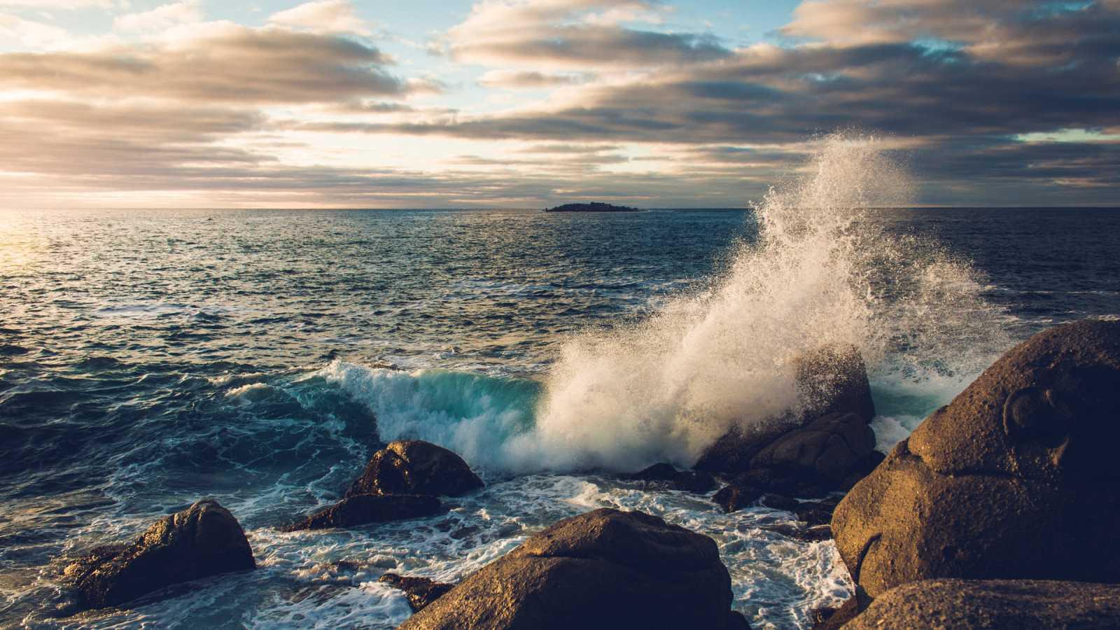 Carlos duarte ' La contaminación acústica en el mar, peor que la de plástico' - escuchar ahora