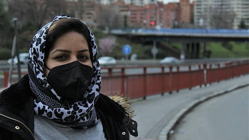 """Por tres razones - Sharifeh Ayubi: """"Te ven en los ojos que eres extranjera"""" - Escuchar ahora"""