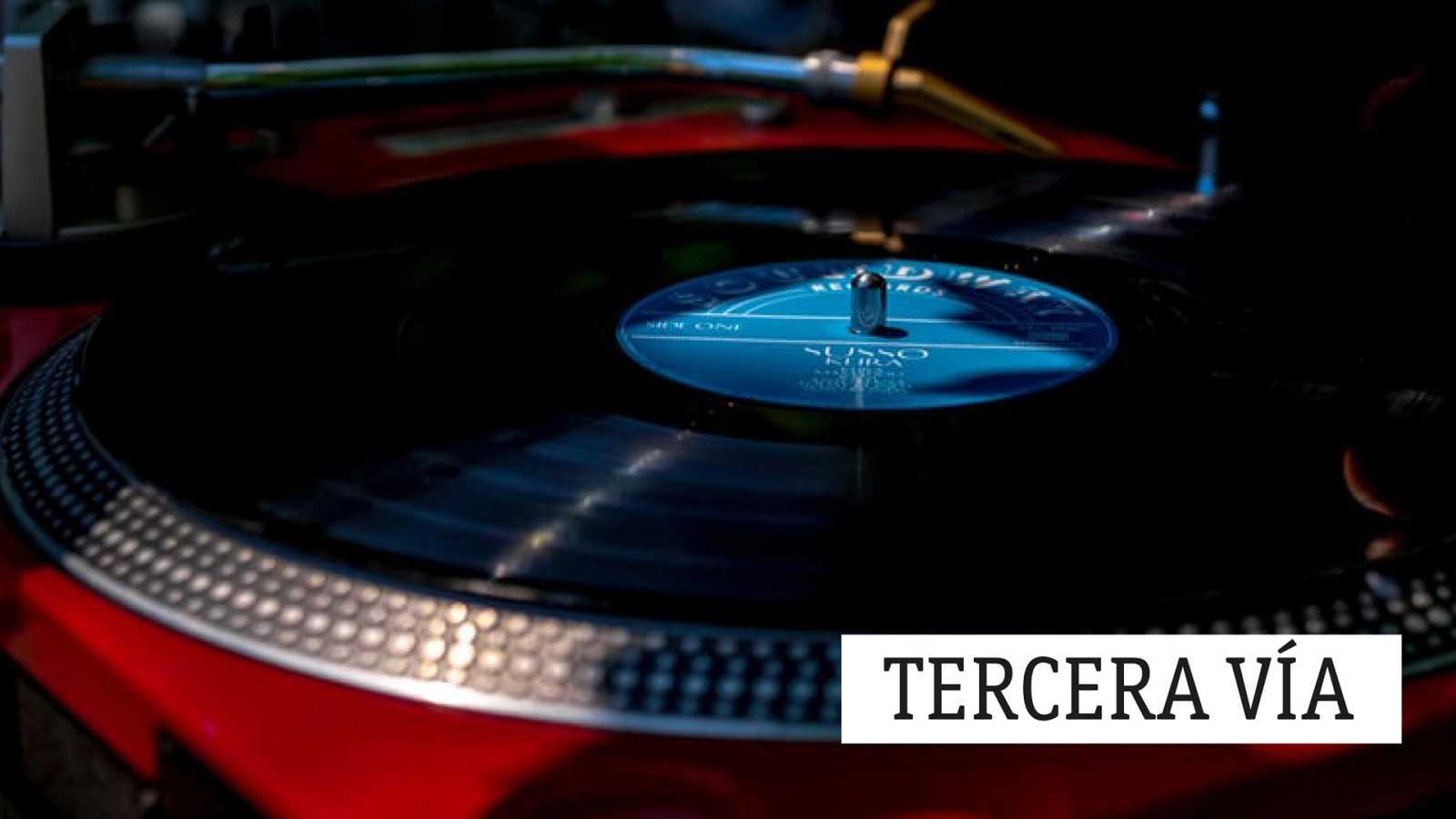 Tercera vía - Mikel Azpiroz, lo que pasa entre nota y nota - 19/02/21 - escuchar ahora