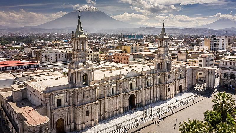 Nómadas - Arequipa, oasis blanco entre volcanes - 20/02/21 - escuchar ahora
