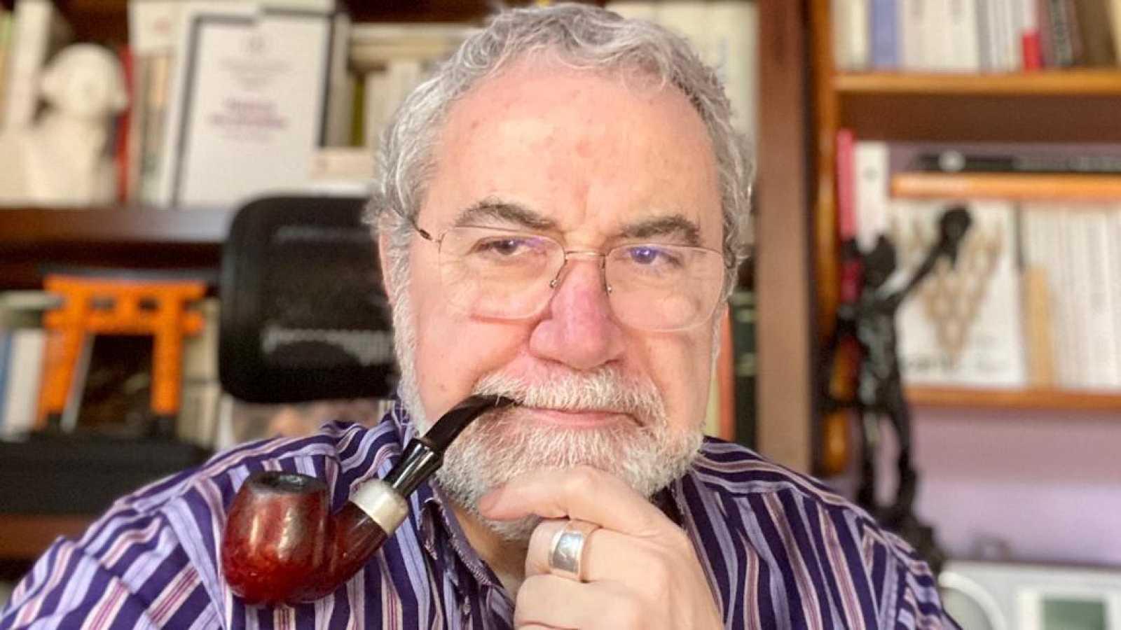 No es un día cualquiera - Roberto Rodríguez Aramayo - IFS-CSIC - Cambios en nuestra especie - El café de la 9 - 20/02/2021 - Escuchar Ahora