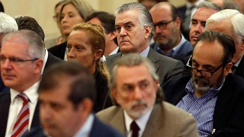 14 horas  La Audiencia Nacional ordena repatriar el dinero suizo de Bárcenas y Correa - Escuchar ahora