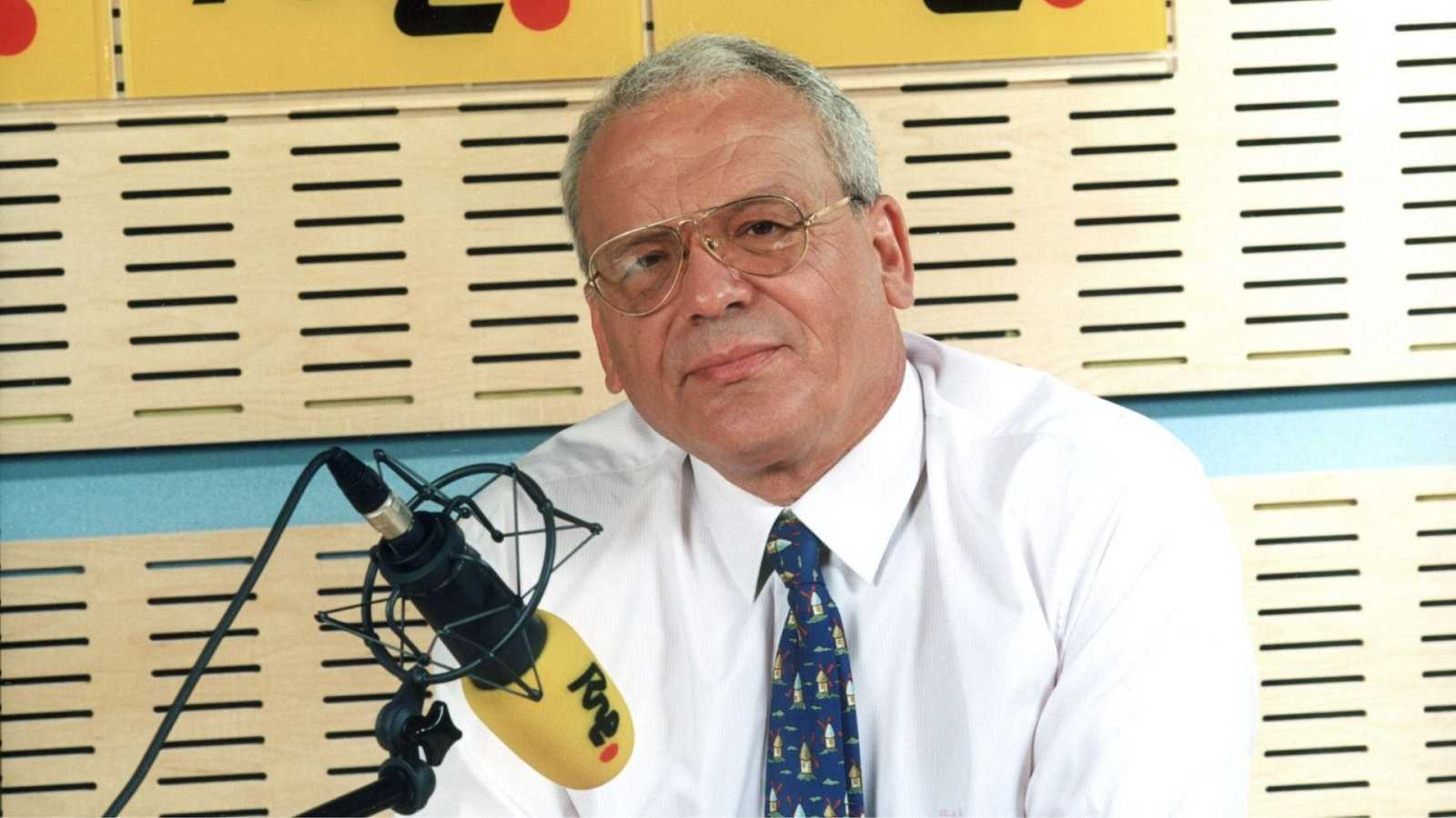 """Las mañanas de RNE con Íñigo Alfonso - Manuel Antonio Rico: """"El 23F la radio sirvió de punto de unión entre los españoles"""" - Escuchar ahora"""
