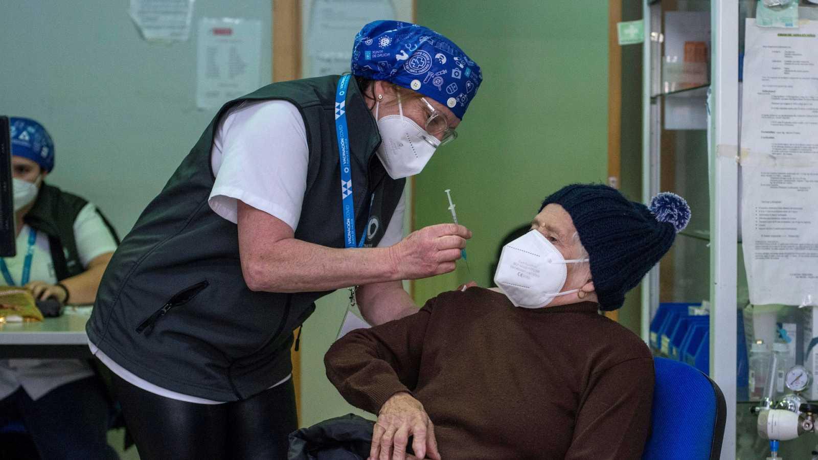 14 horas - Galicia aprueba una polémica reforma que contempla que vacunarse sea obligatorio - Escuchar ahora