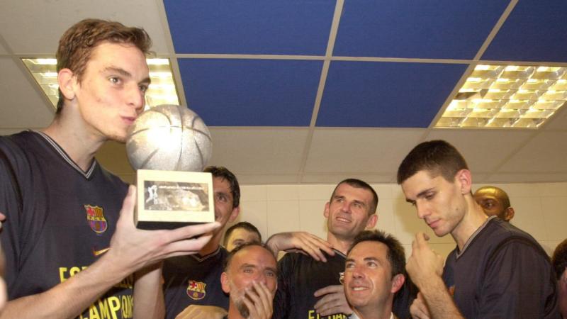 El Vestuario en radio 5 - Pau Gasol vuelve al Barça 20 años después - Escuchar ahora