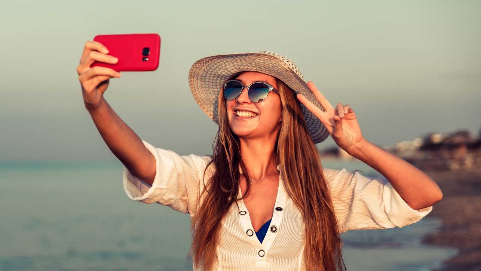 Cómo reconocer a un narcisista en redes sociales - escuchar ahora