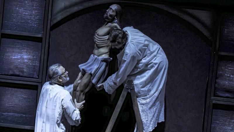 En escena - 'Réquiem por un campesino español' en el Principal de Zaragoza - 26/02/21 - Escuchar ahora