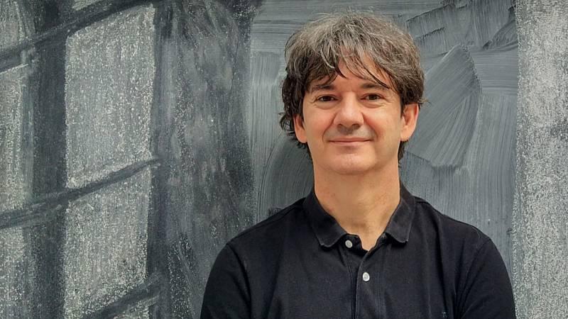 Libros de arena - Rodrigo Muñoz Avia y 'La tienda de la felicidad' - Escuchar ahora