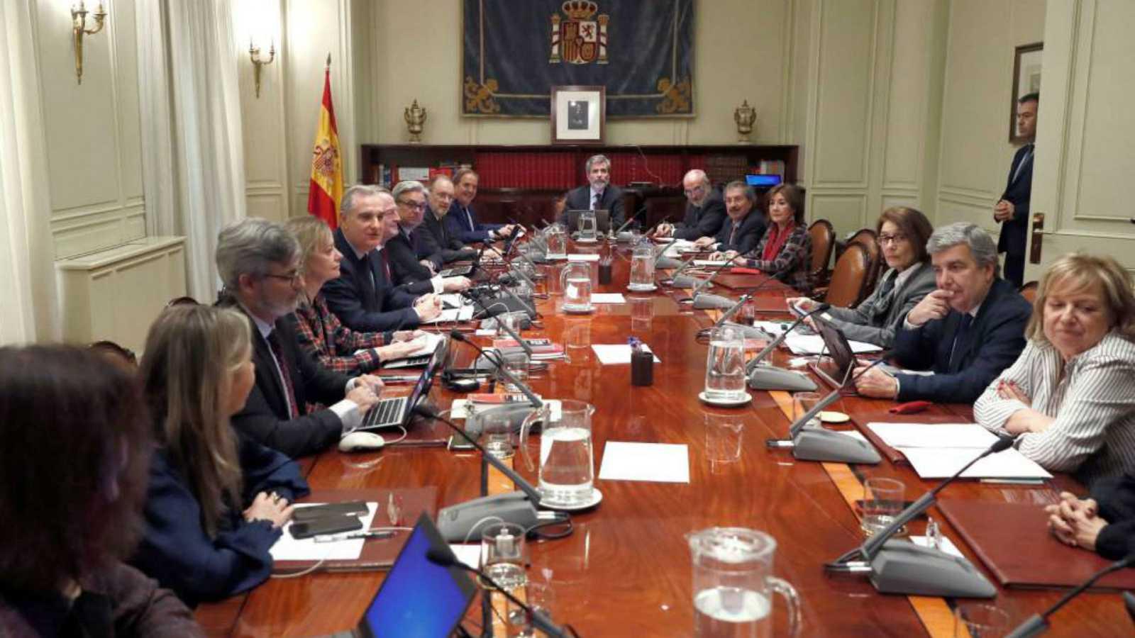 14 horas - El Pleno de CGPJ pospone una semana posibles nuevos nombramientos - Escuchar ahora