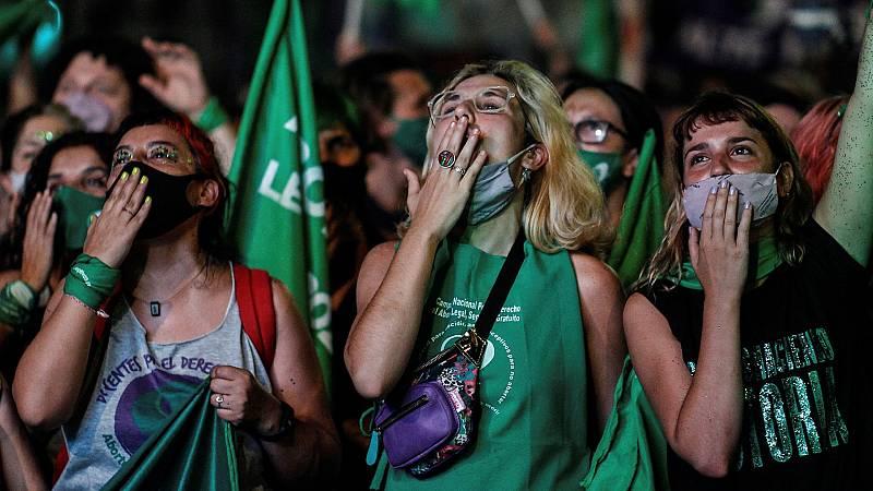 En 2020 Argentina hizo historia aprobando la ley que permite la interrupción legal del embarazo hasta la semana 14