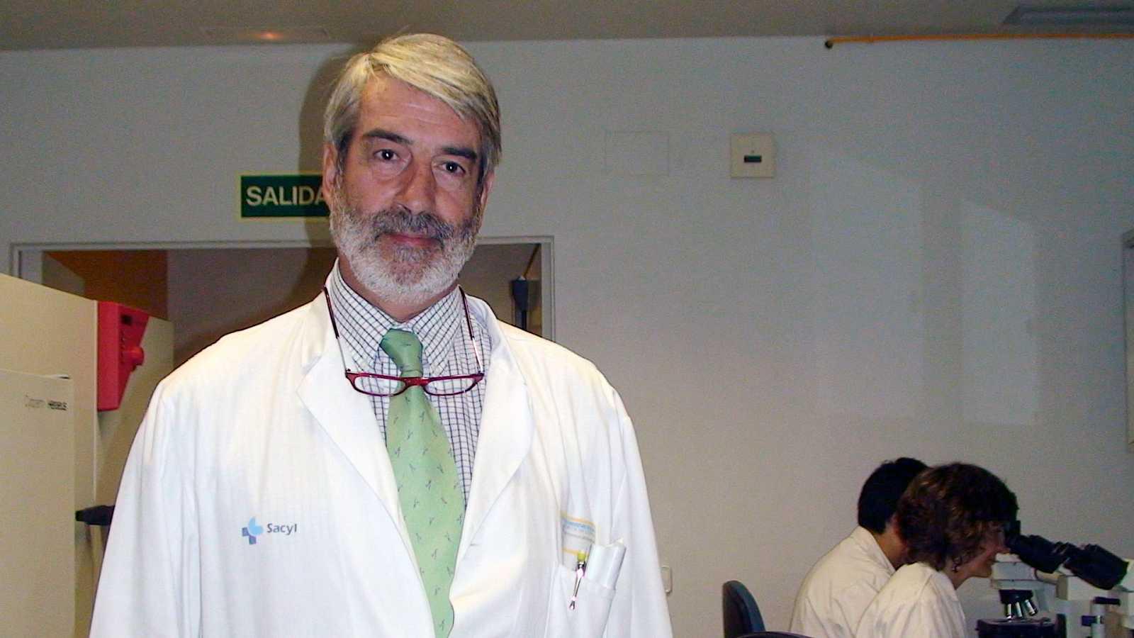 """Las mañanas de RNE con Íñigo Alfonso - Virólogo: """"Los asintomáticos contagian menos, pero también contagian"""" - Escuchar ahora"""
