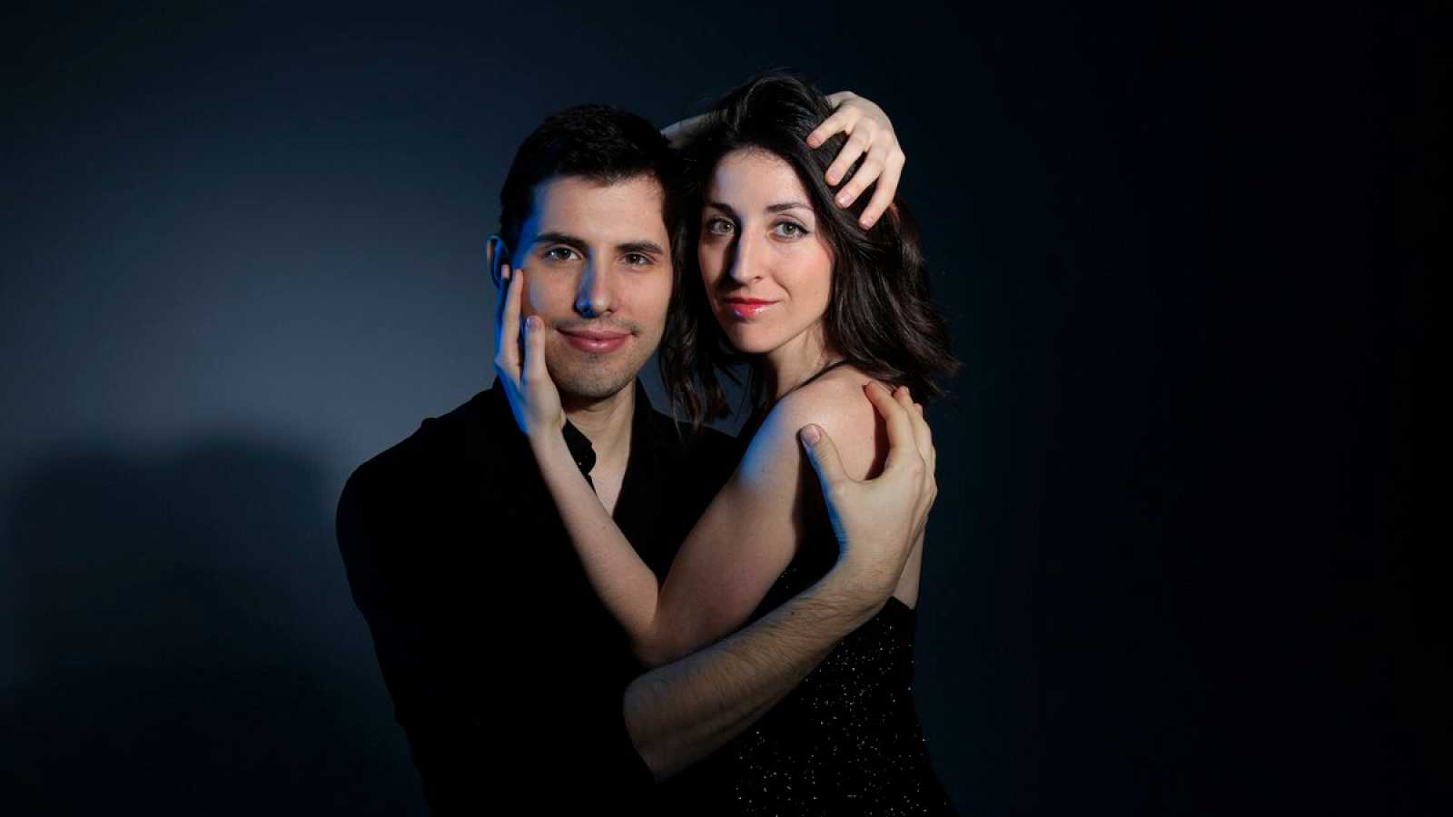 Entrevista al Anton y Maite Piano Duo - escuchar ahora