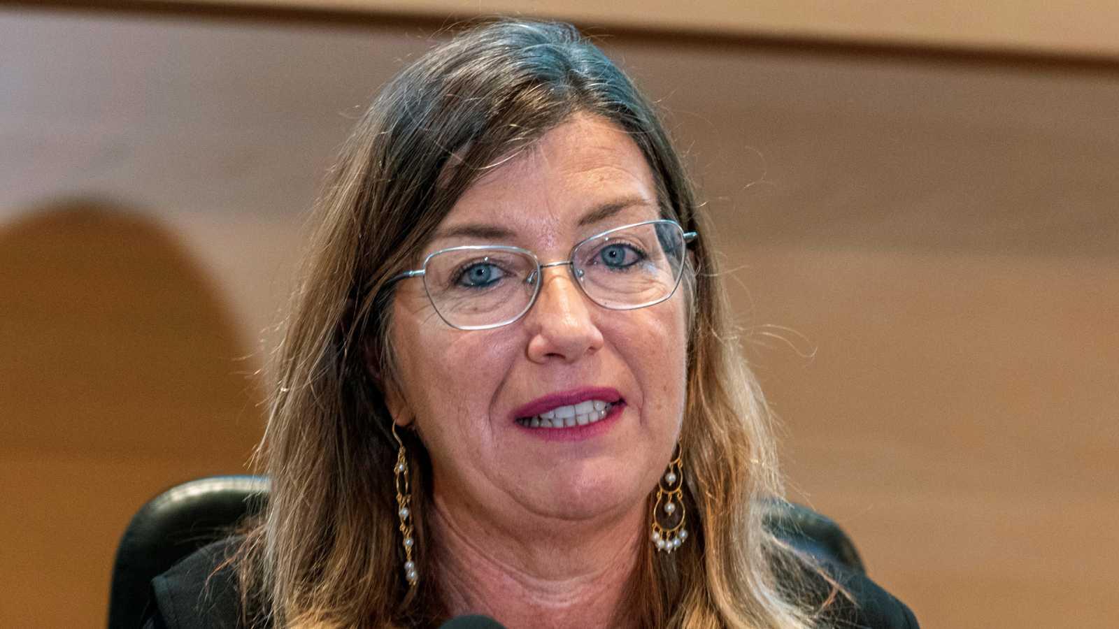 """24 horas - Gómez, consejera de Islas Baleares: """"Ya pensamos en verano"""" - Escuchar ahora"""