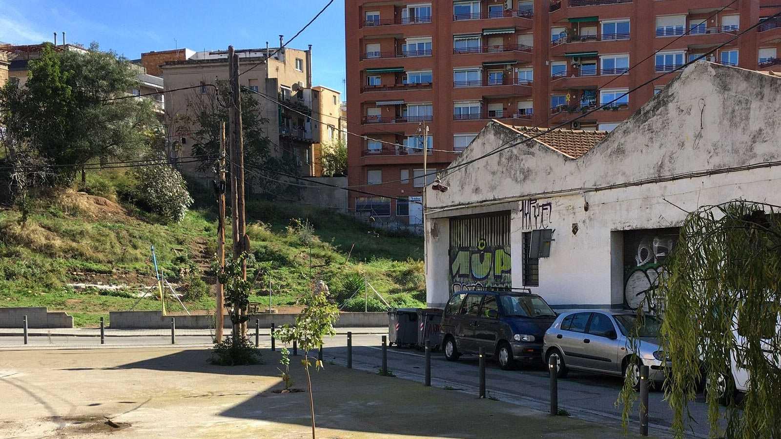 Després del col·lapse - La força veïnal - El Barri de Vallcarca de Barcelona  - escoltar ara -