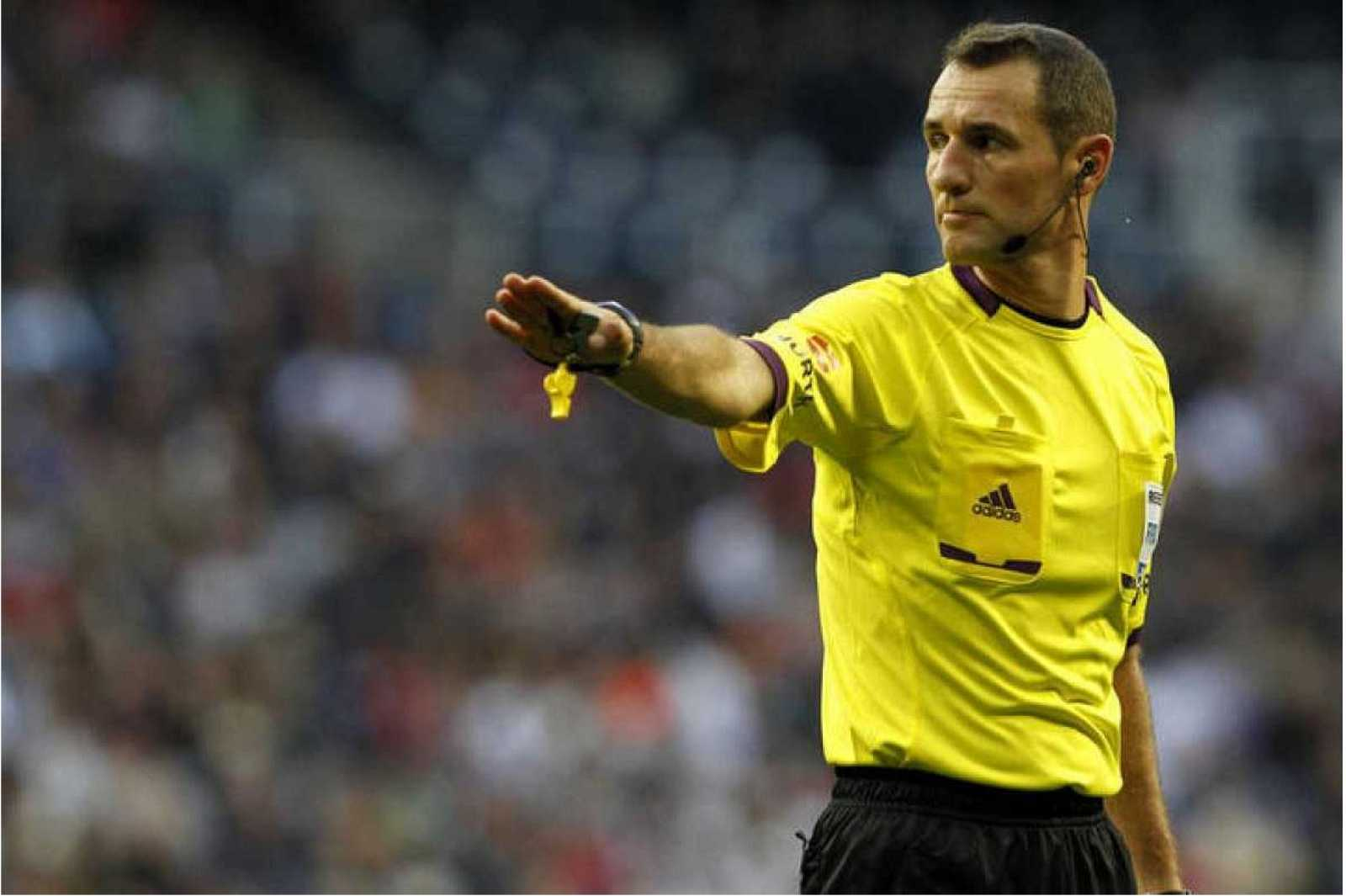Radiogaceta de los deportes - Clos Gómez: ¿El Fútbol está lleno de decisiones que son muy difíciles de valorar¿ - Escuchar ahora
