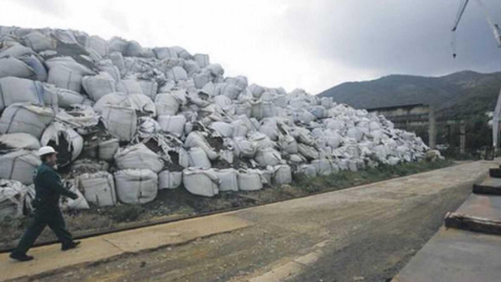 Vida verde - Seis Dedos+ Vertederos y Crisis del Plástico - 06/03/21 - Escuchar ahora