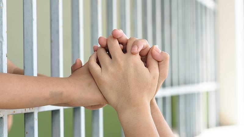 Por tres razones - Se reencuentra con su hijo tras 31 meses en prisión - Escuchar ahora