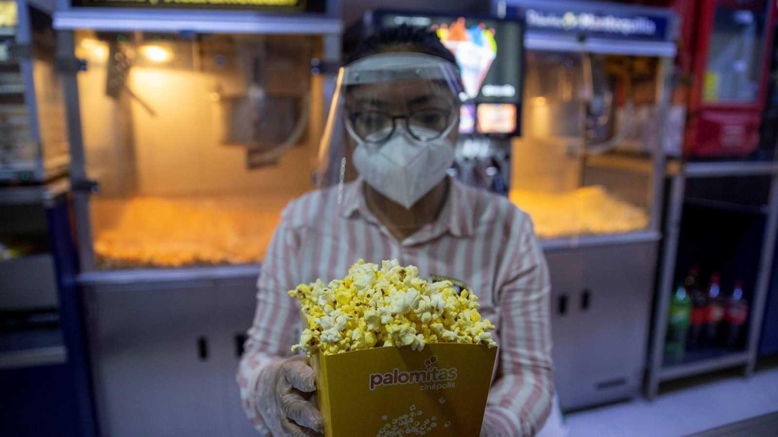 14 Horas Fin de Semana - La crisis que el COVID19 trajo al cine - Escuchar ahora