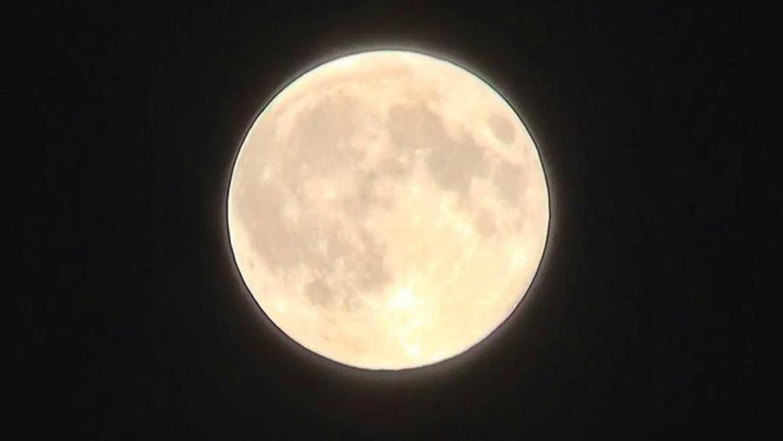 No es un día cualquiera - Las fases de la luna en marzo - David Zurdo - Regreso al presente - 07/03/2021 - Escuchar ahora