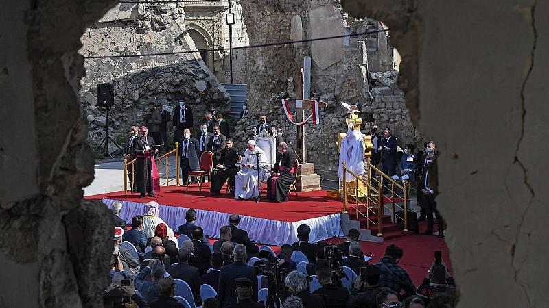 14 horas Fin de Semana - El Papa reclama no justificar la violencia con la religión en su visita a Mosul - Escuchar ahora
