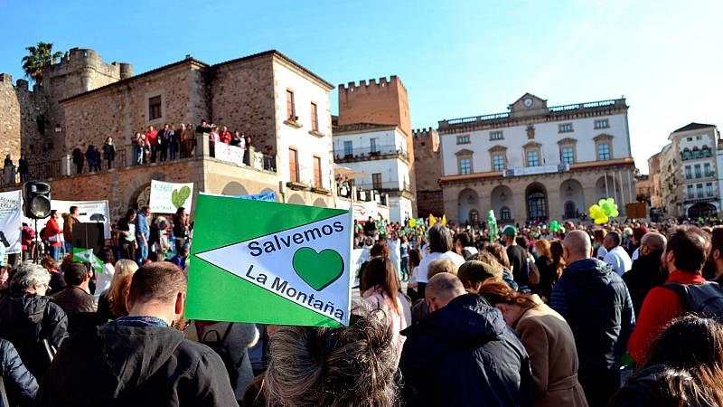 """Las mañanas de RNE con Íñigo Alfonso - Cáceres, contra la mina de litio en Valdeflores: """"El proyecto no es viable en absoluto"""" - Escuchar ahora"""