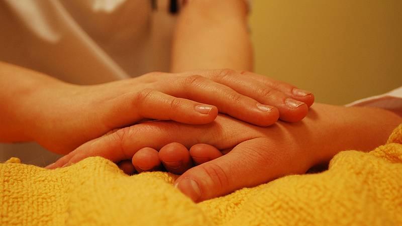 ¿Quién cuida al cuidador? - escuchar ahora