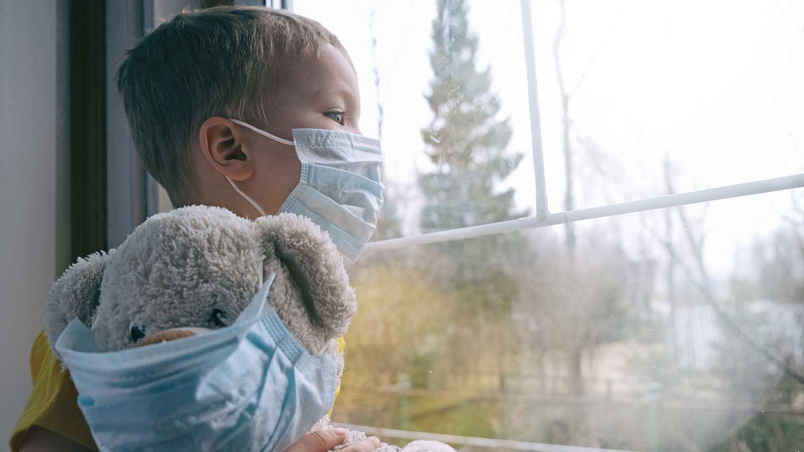 Mamás y papás - Covid19: infancia y juventud tras un año de pandemia - 14/03/21 - Escuchar ahora
