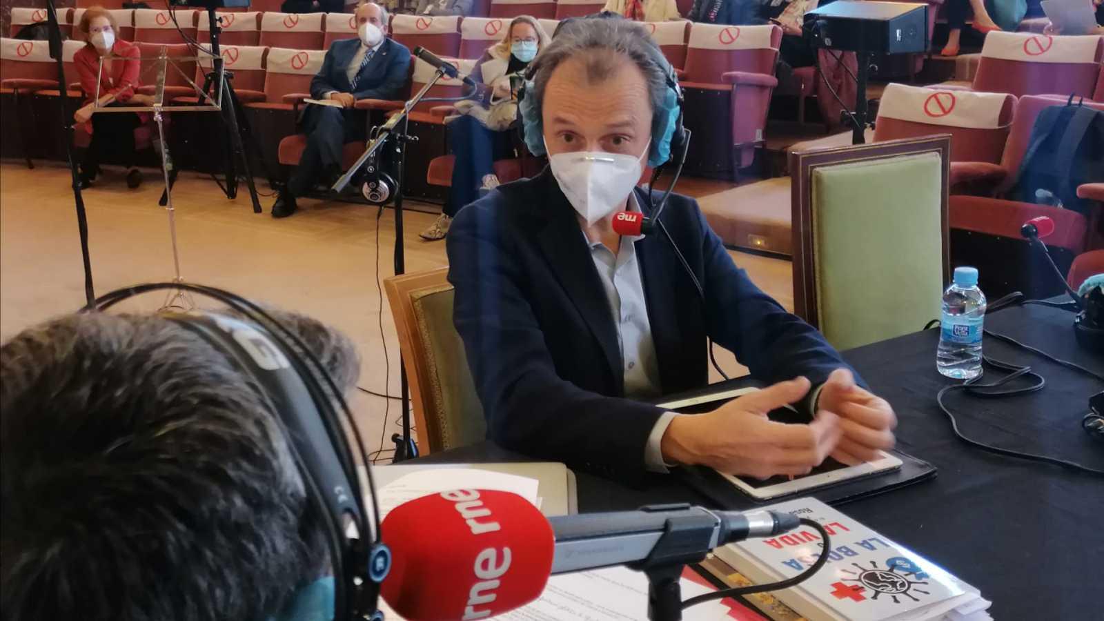 """No es un día cualquiera - Pedro Duque: """"El único activo de un país es el conocimiento"""" - Mano a mano - 14/03/2021 - Escuchar ahora"""