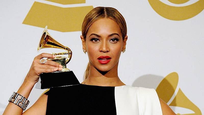 14 horas Fin de Semana - Beyoncé y Taylor Swift, favoritas en la 63 edición de los Grammy - Escuchar ahora