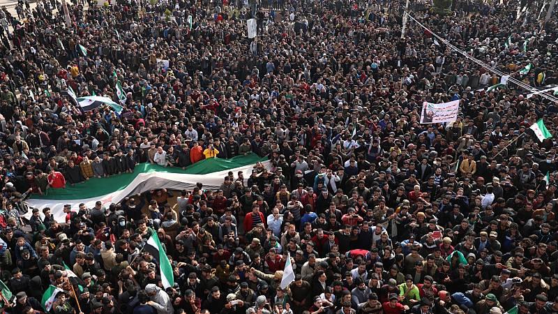 24 horas - Mesa del mundo: diez años de guerra en Siria - Escuchar ahora