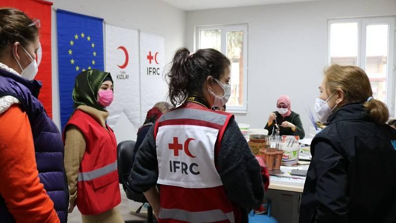 Más cerca - La labor de la Media Luna Roja en la frontera entre Turquía y Siria - Escuchar ahora
