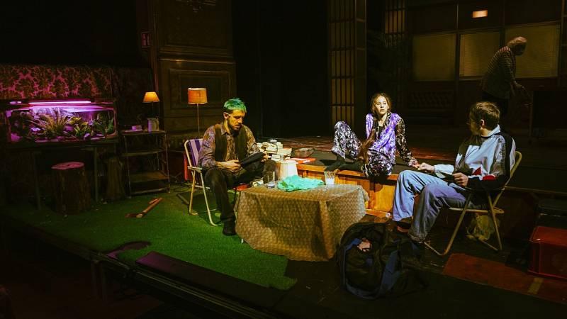 La sala - Poesía, Borràs & Albet, cómicos latinos, Cleopatra y Laia Marull como Mariana Pineda - 21/03/21 - escuchar ahora