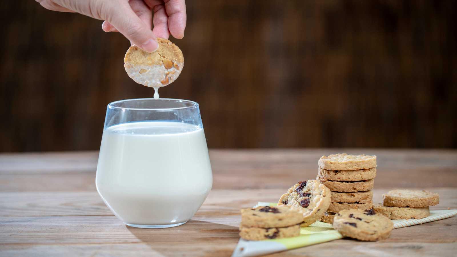 Alimento y salud - El plátano y  'Leche con galletas' - 21/03/21 - Escuchar ahora