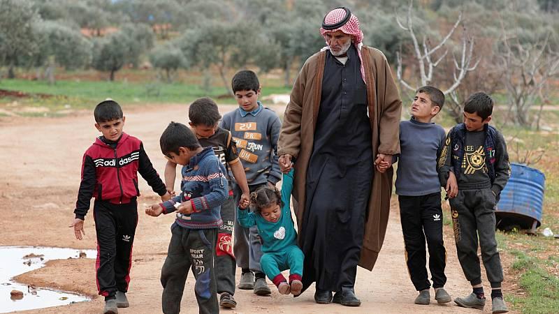 Reportajes 5 Continentes - 10 años de guerra en Siria (V): los desplazados de Idlib - Escuchar ahora