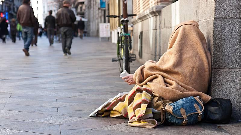 Las mañanas de RNE con Íñigo Alfonso - Fondo NEXiT: Apoyo económico e impulso moral para las personas sin hogar - Escuchar ahora