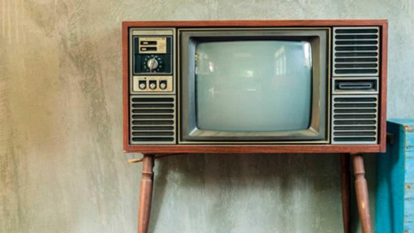 Cuento 'Tanta tele no es buena' - escuchar ahora
