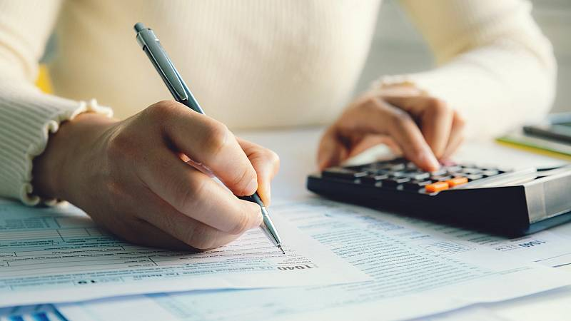 24 horas - La declaración de la renta para trabajadores en ERTE y beneficiarios del IMV - escuchar ahora