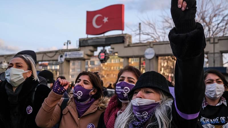 Cinco continentes - Turquía: la salida del Convenio de Estambul - Escuchar ahora