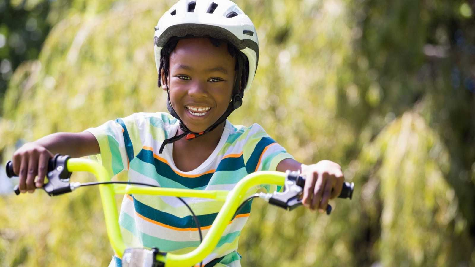 África hoy - 'Al colegio en bici' llega hasta los colegios de Benín - 25/03/21 - esuchar ahora