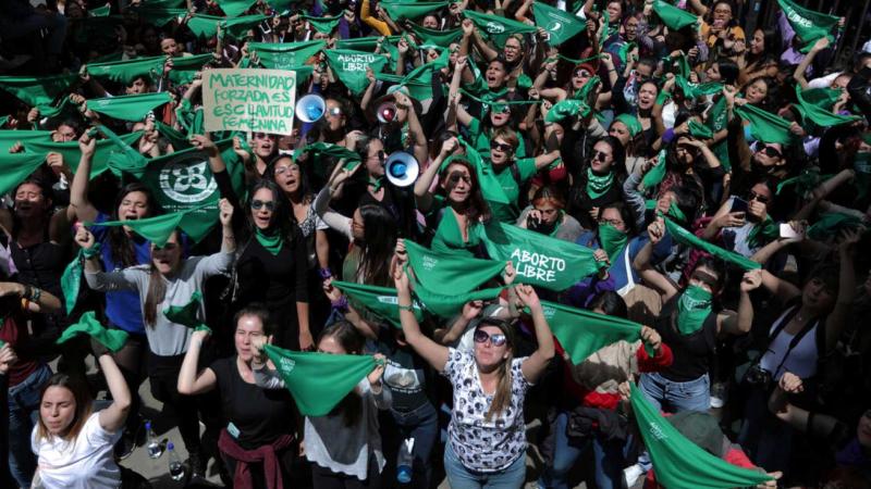 Reportajes 5 continentes - Las dificultades para abortar en Colombia - Escuchar ahora