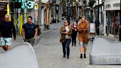 Gibraltar estrena la normalidad futura con menos restricciones y casi toda su población vacunada