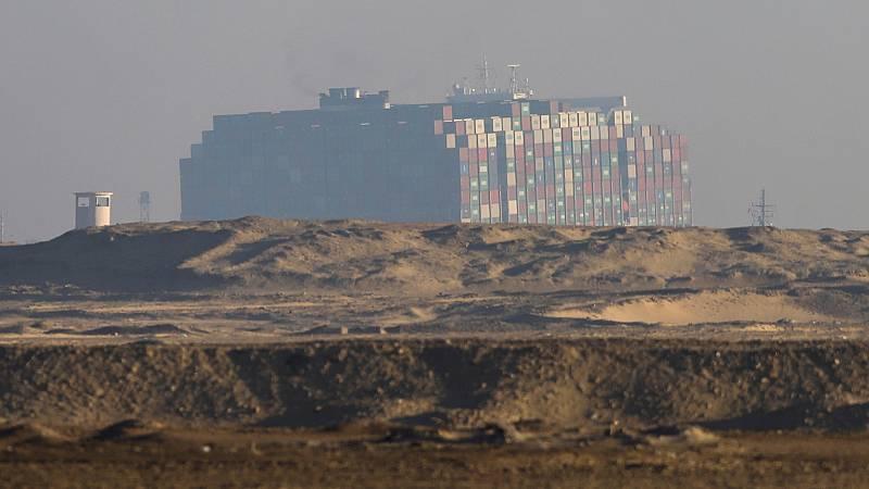 Las mañanas de RNE con Íñigo Alfonso -  La ruta de Suez podría quedar despejada entre hoy y mañana - escuchar ahora