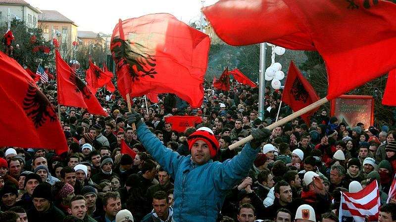 Las mañanas de RNE con Íñigo Alfonso - Kosovo | Guerra e independencia: ¿Cómo nace Kosovo? - Escuchar ahora